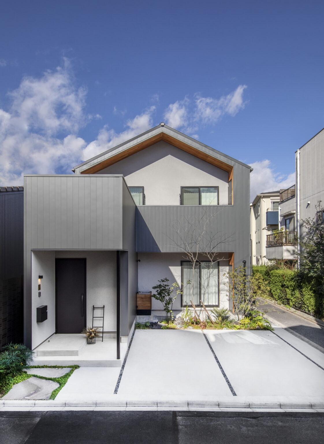 住宅外観のトレス画像